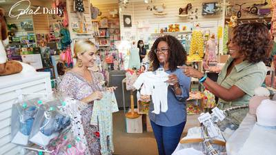 Katy Perry goes baby-item shopping with Oprah and Gayle